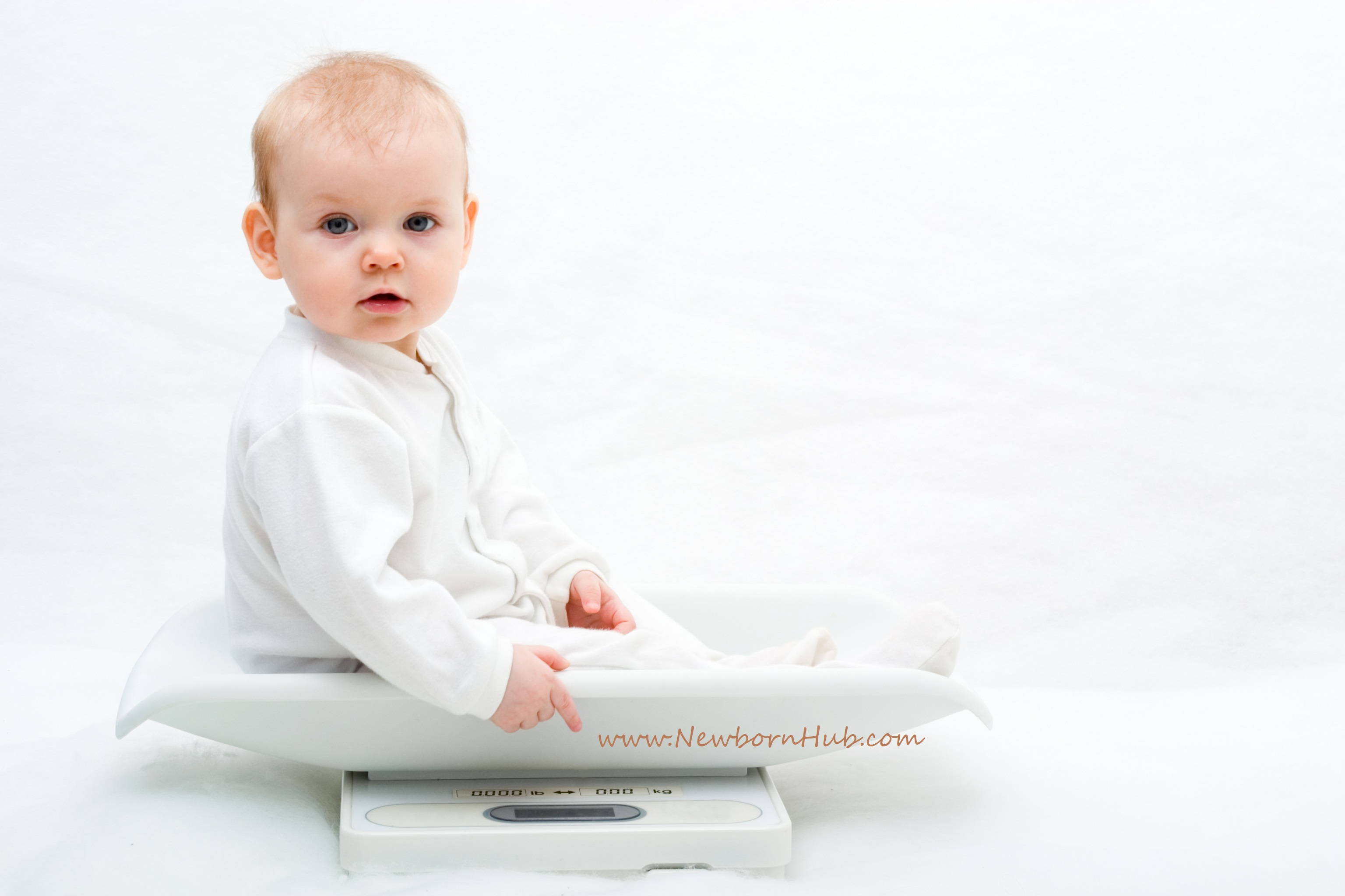 3fb0662e2 Baby Milestones of Month 5 (17 to 20 Weeks Old)